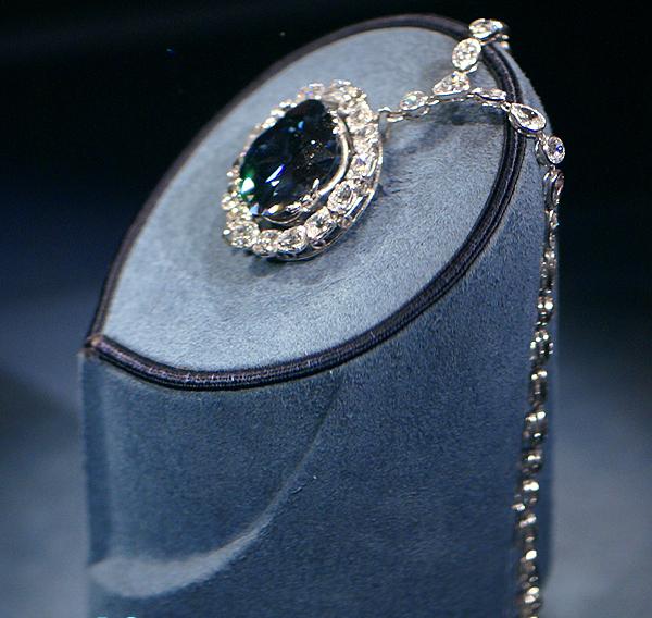 Préférence Les pendentifs les plus connus de l'histoire   Silver in Paris TN37