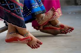 """Résultat de recherche d'images pour """"bijoux pieds de femmes africaines"""""""